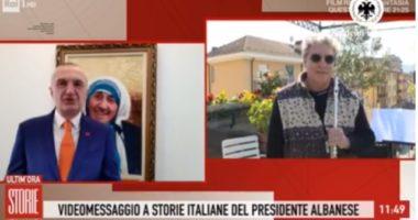 VIDEO/ Na rrëqethi me Himnin e Flamurit, Meta falënderon publikisht italianin