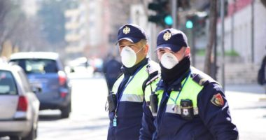 Dolen pa leje, policia vendos rekord gjobash ndaj qytetarëve