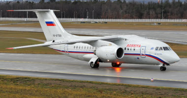 COVID-19/ Rusia dërgon në Amerikë një avion me pajisje mjekësore