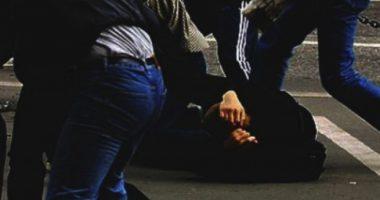 Sherr mes disa të rinjve në Shkodër, plagoset rëndë një person