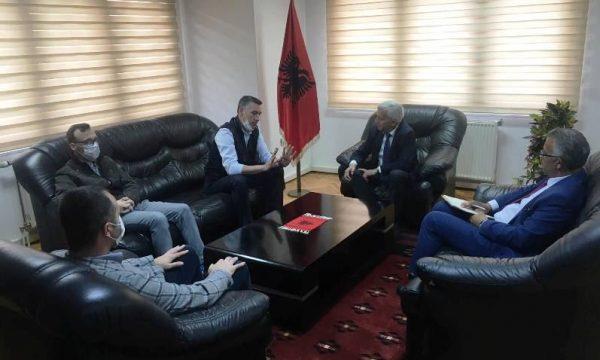 Veseli: Kufiri mes Shqipërisë dhe Kosovës duhet të hapet