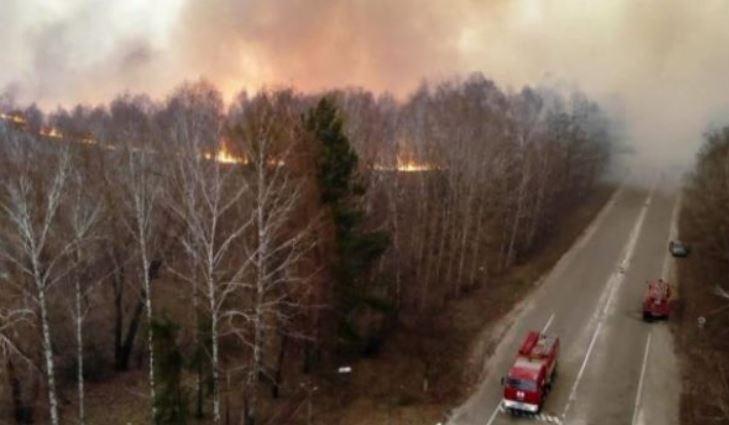 Shpërthejnë vatra të tjera zjarri në afërsi të Çernobilit