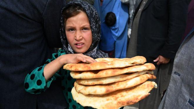 Mbi 7 milionë fëmijë afganë rrezikojnë të vuajnë nga uria për shkak të koronavirusit