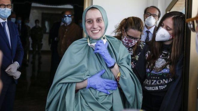 U rrëmbye në Kenia, vullnetarja italiane kthehet në vendin e saj