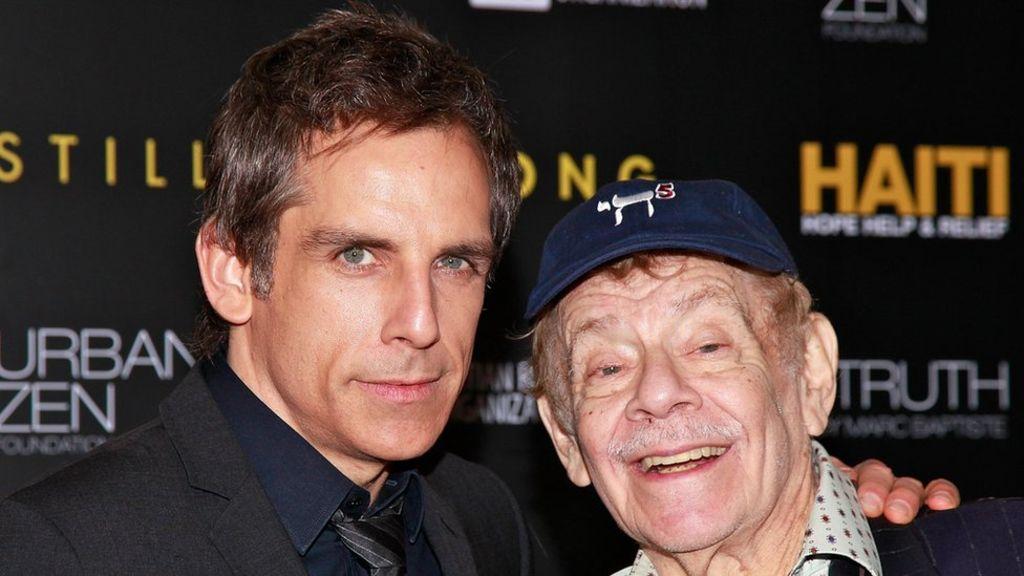 Vdes në moshën 92-vjeçare komediani i njohur amerikan