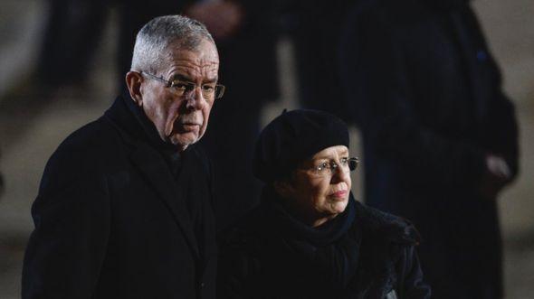 'Nuk e vura re orën', presidenti austriak kërkon falje pasi thyen rregullat e izolimit