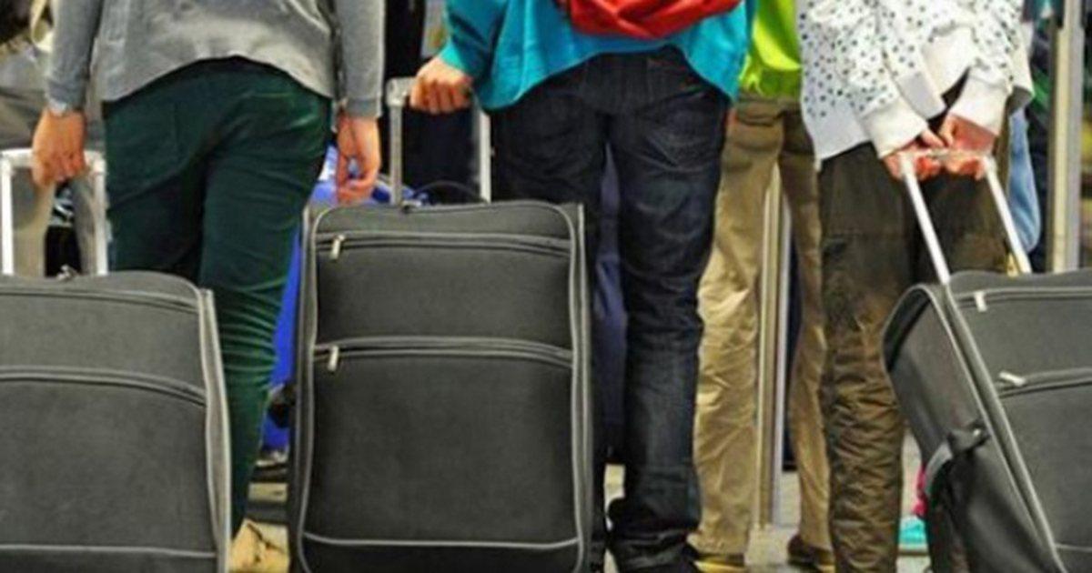 Sondazhi: Një në dy shqiptarë duan të ikin nga vendi, besim i ulët ndaj gjithë institucioneve