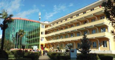 Shëndetësia e shqiptarëve, pagesat maksimale nga xhepi, shpenzimet minimale nga shteti