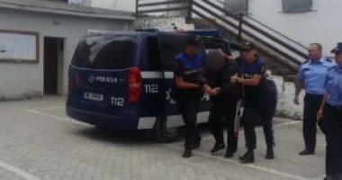 Fshehur në karroceri, sekuestrohet 195 kg kanabis në Kapshticë! Arrestohen 4 persona