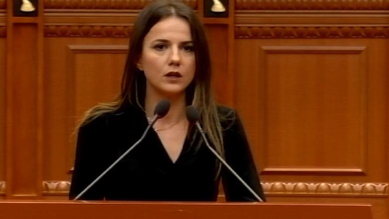 Hajdari thirrje opozitës të kthehet në Kuvend: E latë Shqipërinë në duart e socialisteve