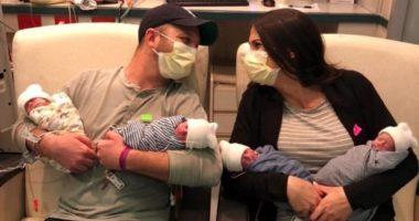 """""""Ishim të tronditur"""": Dy prindërit rrëfejnë emocionet pasi u bënë me 4 djem identikë"""