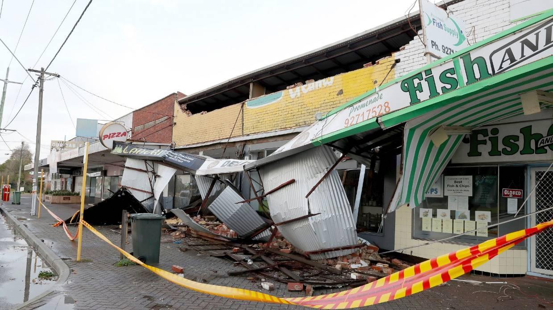 Australia përfshihet nga stuhia, shkatërrohen mijëra shtëpi