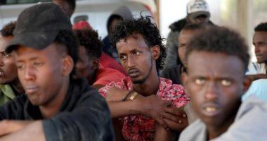 OKB i kërkon BE-së të marrë 160 emigrantët e bllokuar në det