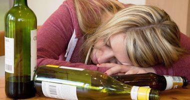 """Alkoolizmi mund të jetë gjenetik, studiuesit identifikojnë 29 """"faktorë të rrezikut"""""""