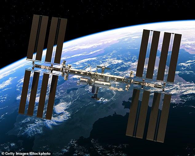 Rusia planifikon të ndërtojë stacionin e saj hapësinor