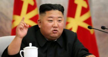FOTO/ Rikthehet Kim Jong. Lideri i Koresë së Veriut shfaqet në publik pas tri javësh