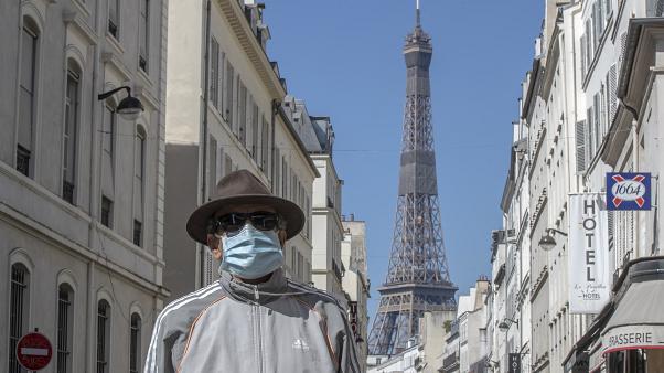 Spanja bën të detyrueshëm përdorimin e maskave