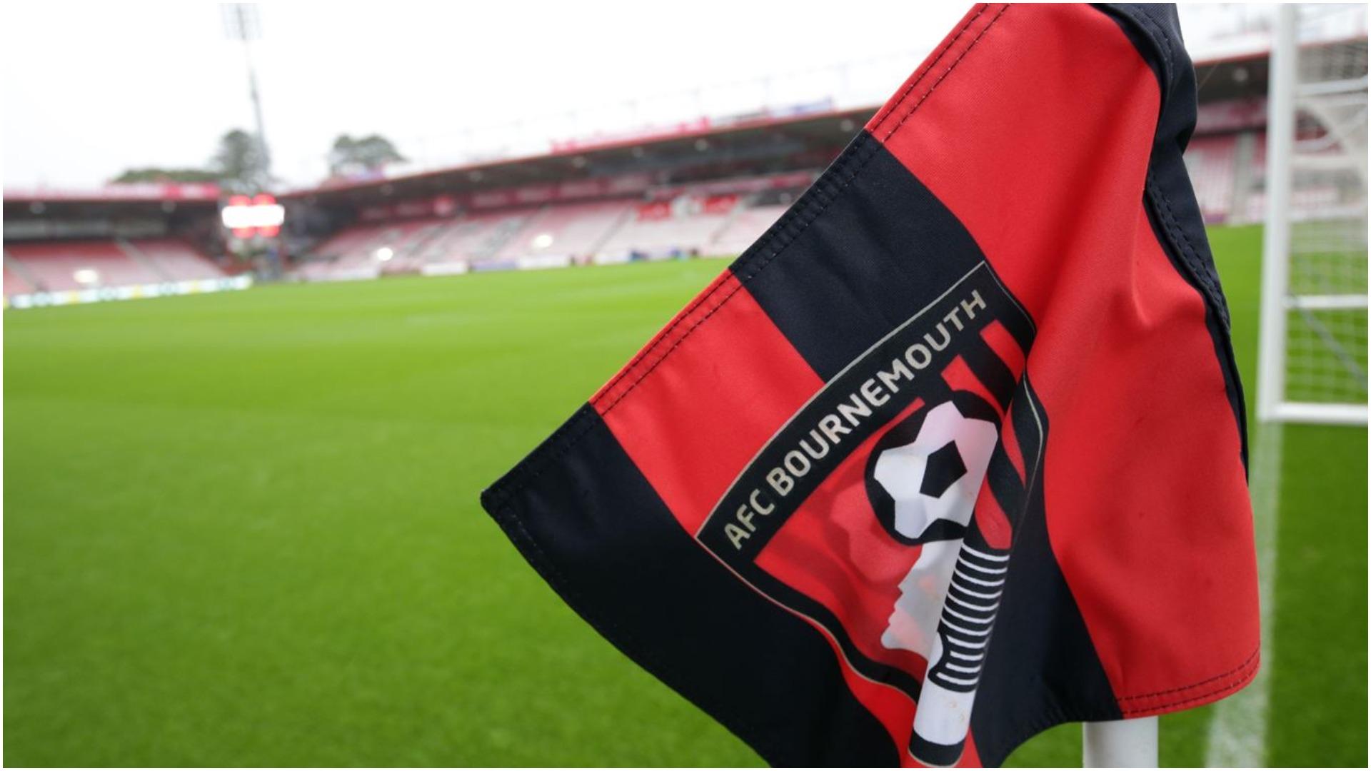 Rastet pozitive nuk mbarojnë, klubi anglez konfirmon një futbollist të prekur
