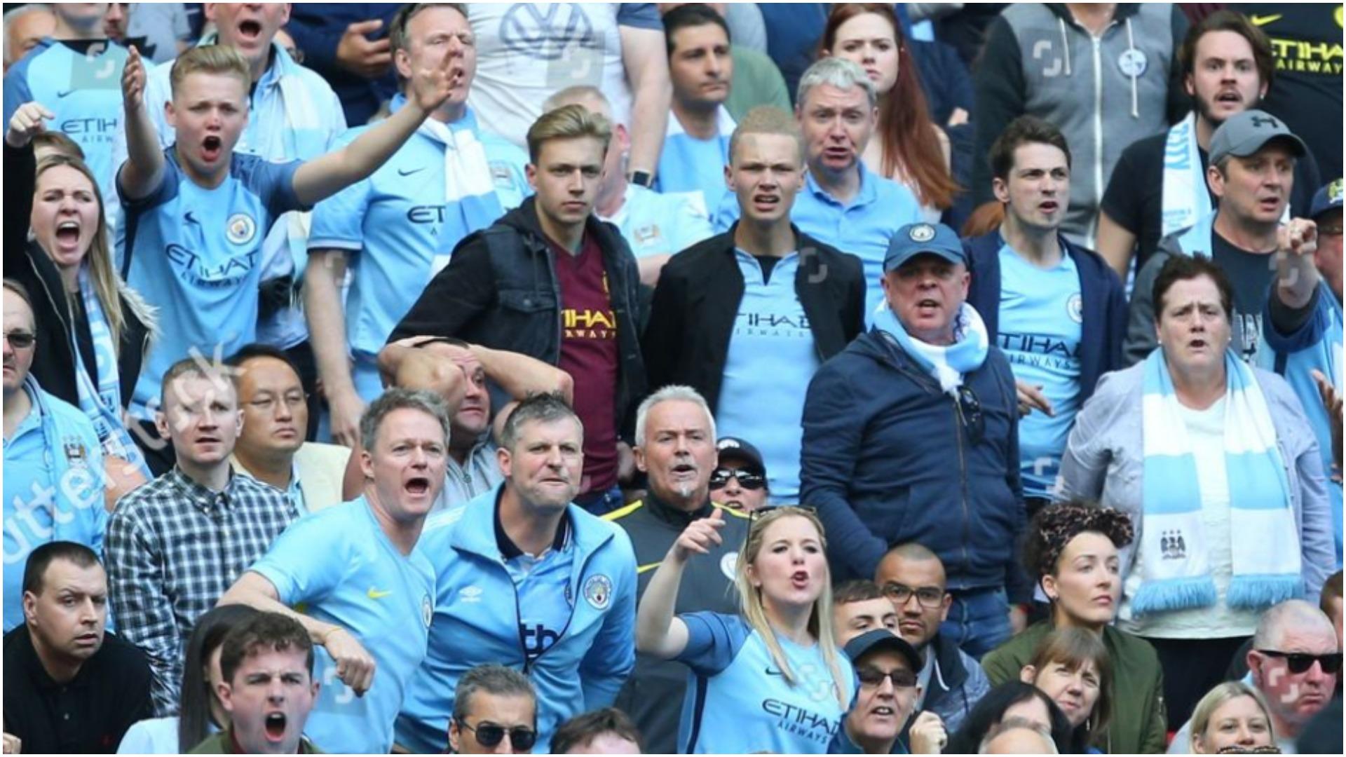 """""""Ç'është kjo fanellë si pizhame?!"""", tërbohen tifozët e Manchester City"""
