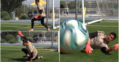 """VIDEO/ """"Courtois 1, kameramani 0"""", belgu e tepron në stërvitje"""