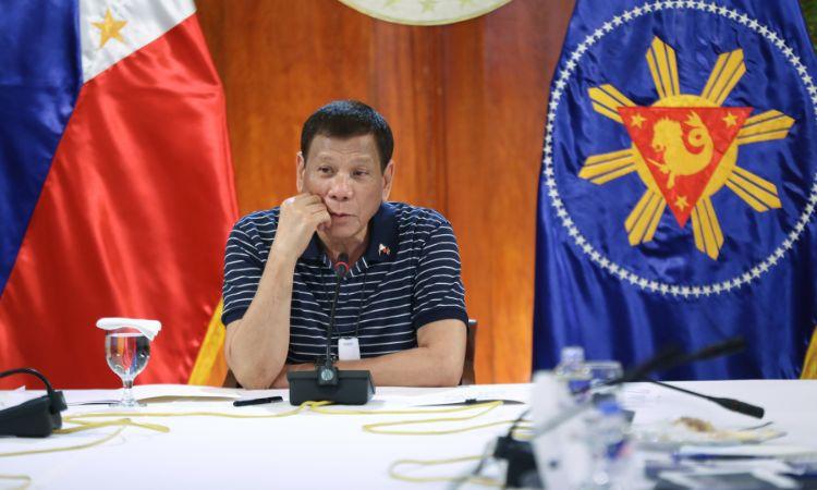 Presidenti i Filipineve bën deklaratën e fortë: Nuk hapen shkollat pa u gjetur vaksina kundër Covid-19