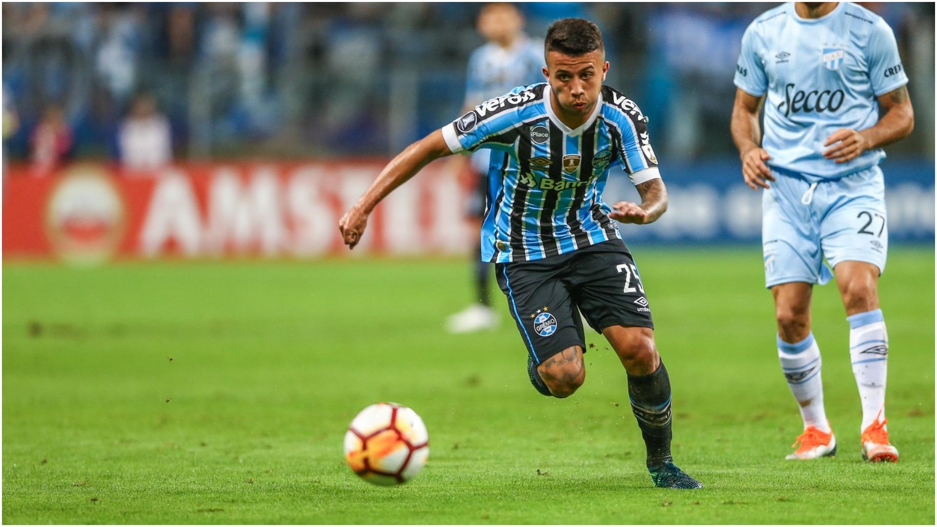 Pasuesi i Fernandinho, Guardiola e gjen në kampionatin brazilian