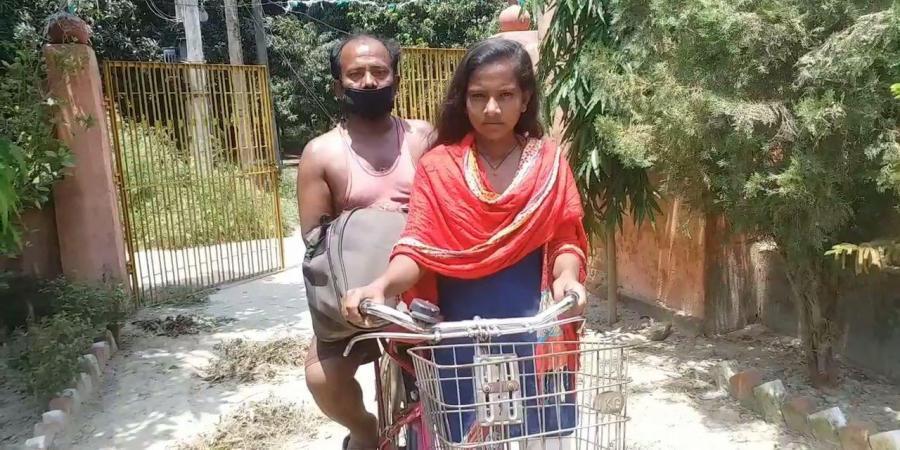 Kjo vajzë bëri 7 ditë rrugë me biçikletë për të transportuar babanë e sëmurë