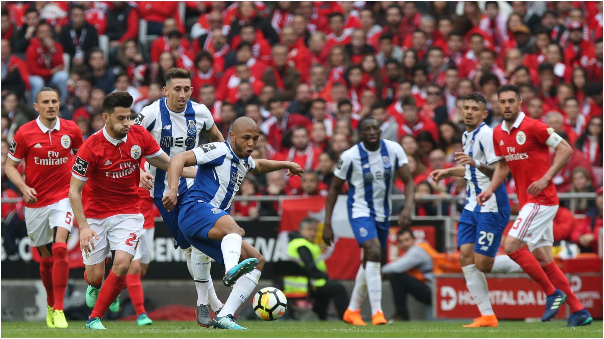 """I zbuluan fotot e """"tradhtisë"""", Porto shkarkon trajnerin e portierëve"""