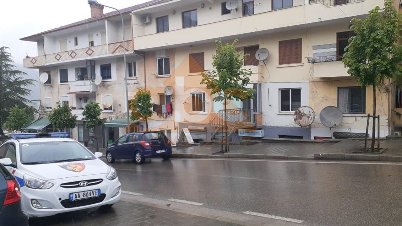 Gjendet e pajetë në banesë 65-vjeçarja në Librazhd