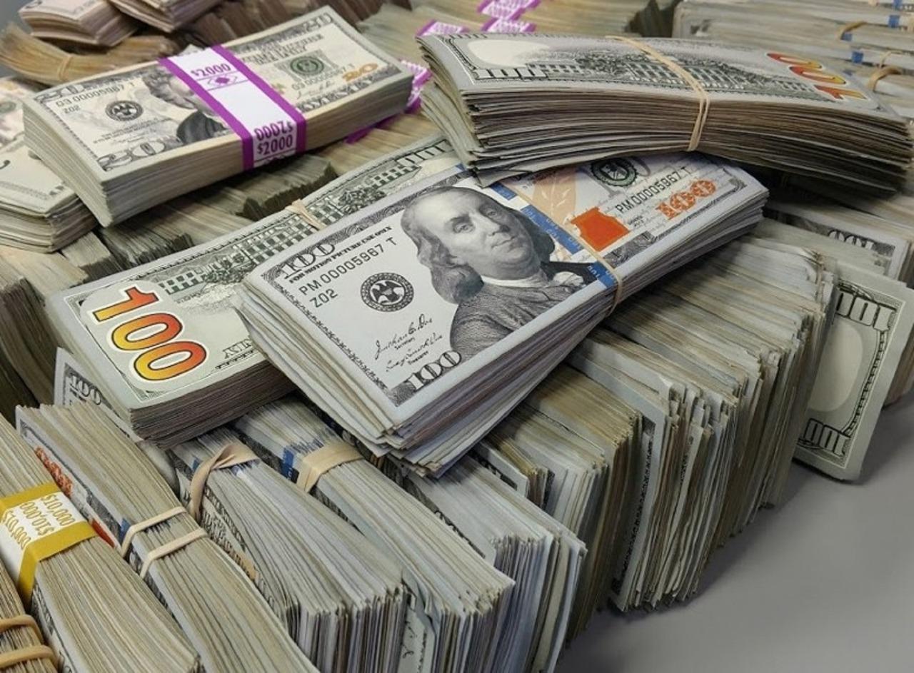 EMRI/ Arrestohet ish-drejtori i bankës, i vodhi klientit 30 000 dollar