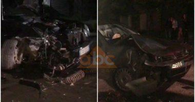 VIDEO/ Tjetër aksident në Korçë, dëme të mëdha materiale nga përplasja e dy automjeteve