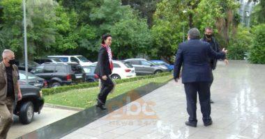 Takimi me Lulzim Bashën, ambasadorja Yuri Kim mbërrin në selinë blu