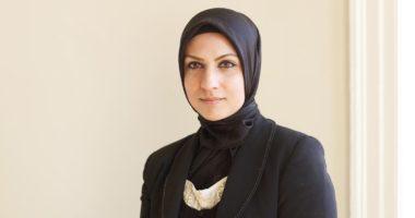 Gruaja muslimane bëhet gjykatësja e parë me shami në Britani