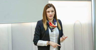 U fut në listën e zezë të DASH, jep dorëheqjen zv. ministrja e Arsimit Lorena Haxhiu