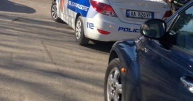 Aksidentohet nëna me dy fëmijë në Rinas, të miturit përfundojnë në spital