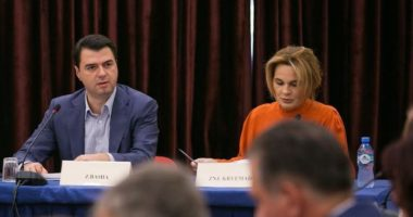 Kryemadhi në një linjë me Bashën: Jemi të vendosur të realizojmë Reformën Zgjedhore