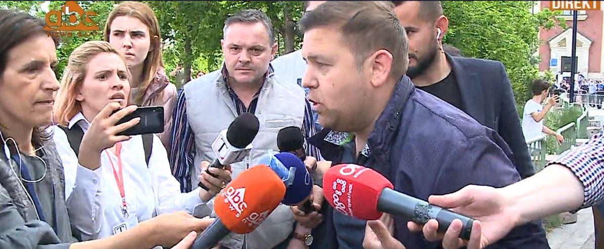 Shembja e Teatrit Kombëtar, Braimllari: Policia ka shoqëruar ish-deputeten Silva Caka