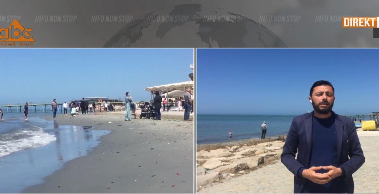 Durrsakët pa maska dhe në grupe, dynden në bregdet