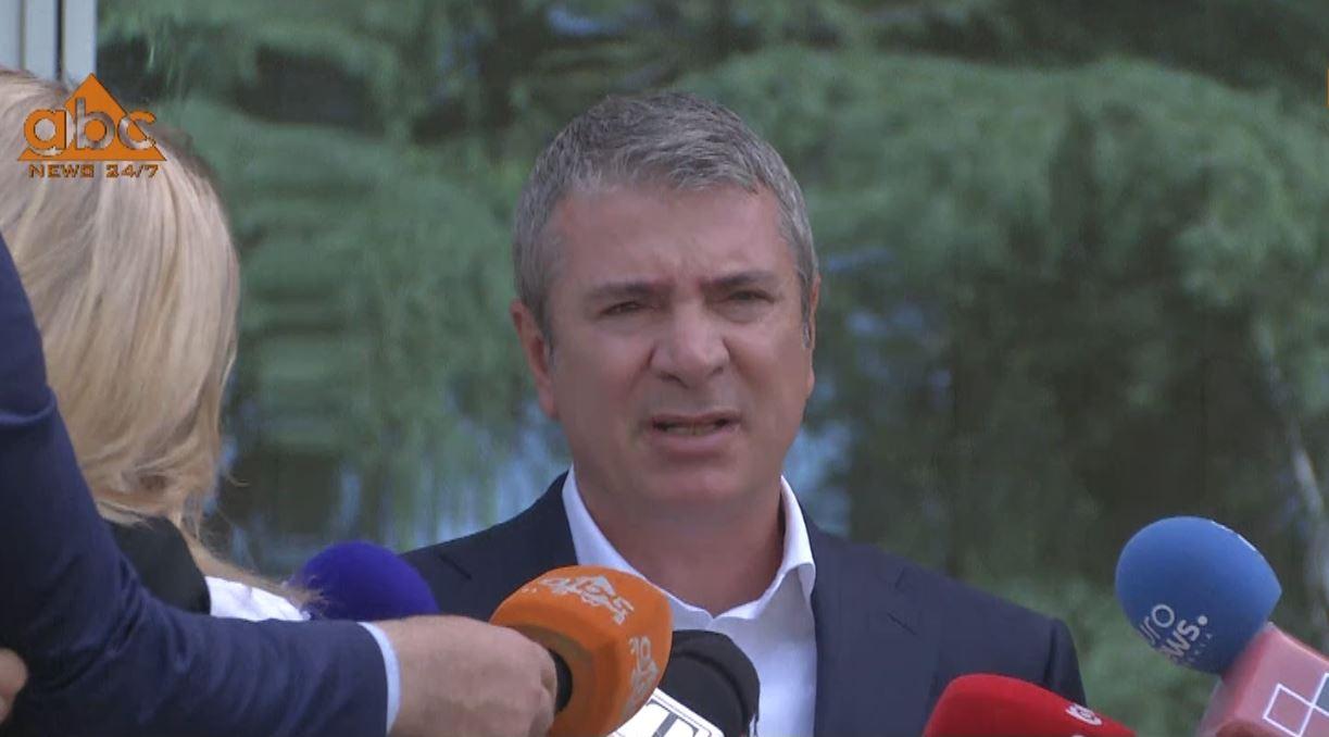 """""""Zgjedhorja"""",Gjiknuri: Ekpertët vijojnë punën, deklaratat politike jo sebep për të ikur nga tavolina"""