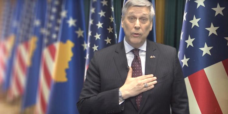 Ambasada amerikane për vendimin e Kushtetueses: Mirëpresim thirrjet për respektimin e saj