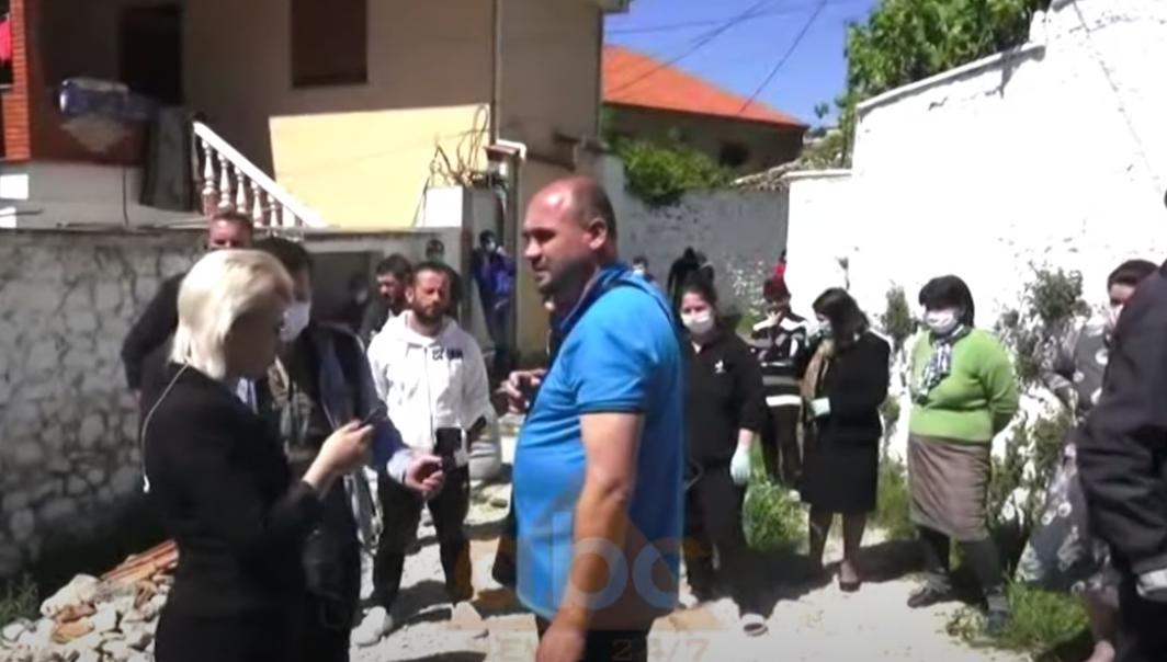 Protestë në Krujë, banorët: Projekti i rindërtimit do na prishë banesat, tërmeti s'i ka dëmtuar
