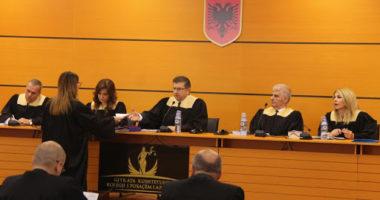 """Skandali në KPA, falsifikoi dokumentin për t'u bërë gjyqtar, SPAK """"djeg"""" Luan Dacin"""