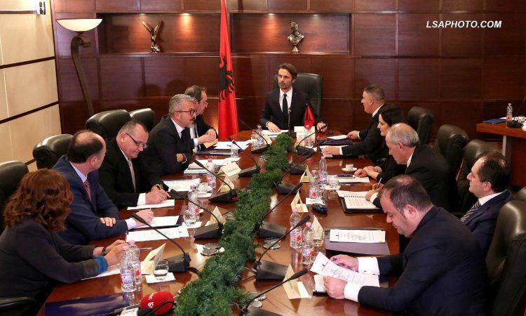 """KLP interviston të hënën 4 kandidatët për SPAK, Covid-i """"lë jashtë"""" sallës median"""