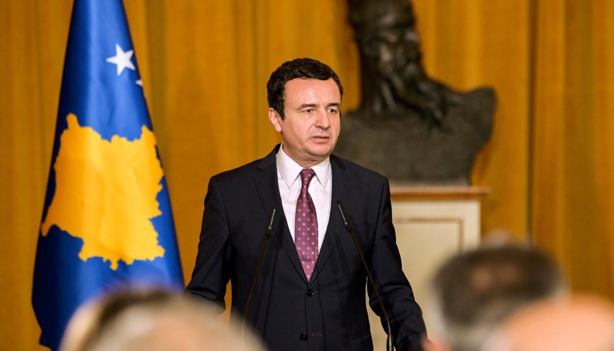Kërcënohet me vdekje Albin Kurti, reagon kryeministri: Nuk u kërcënova vetëm unë