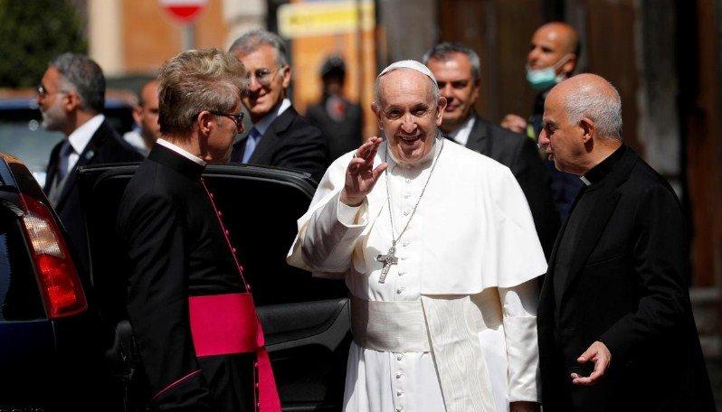 Papa Françesku: Vaksina e koronavirusit duhet të ndahet në të gjithë botën