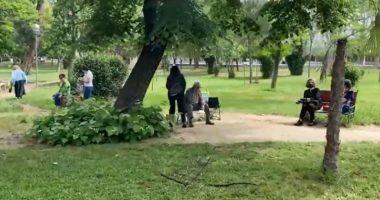 Pensionistët shijojnë lirinë, Rama nxjerr videon nga Tirana: Shembull qytetarie!