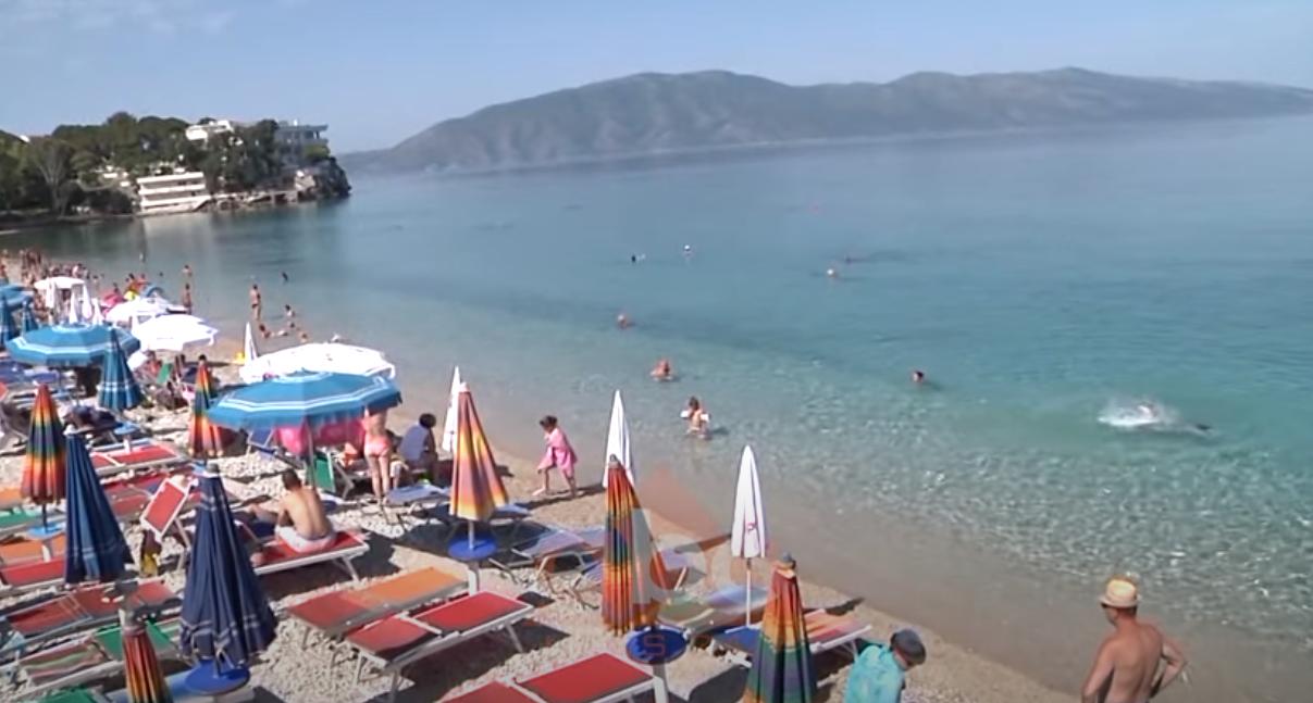 """""""Gati për plazh?! 4 persona në çdo 10 metra katrorë"""", Shoqata e Operatoreve Turistike: Rregullat të pazbatueshme"""