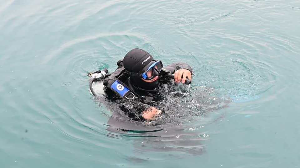 Porti i Durrësit reagon pas alarmit për gjetjen e një mine: Disa objekte metalike nën ujë