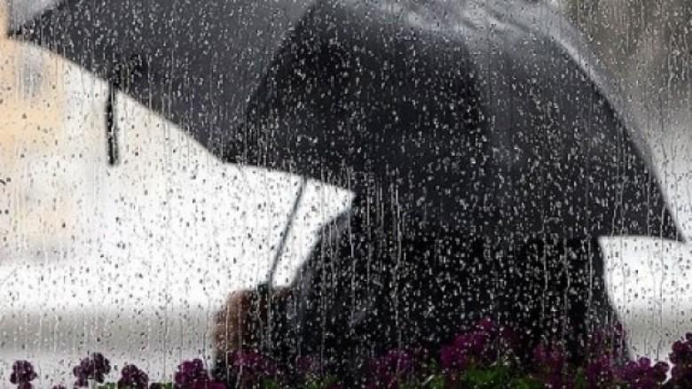Parashikimi i motit për ditën e sotme, reshje shiu dhe ulje temperaturash