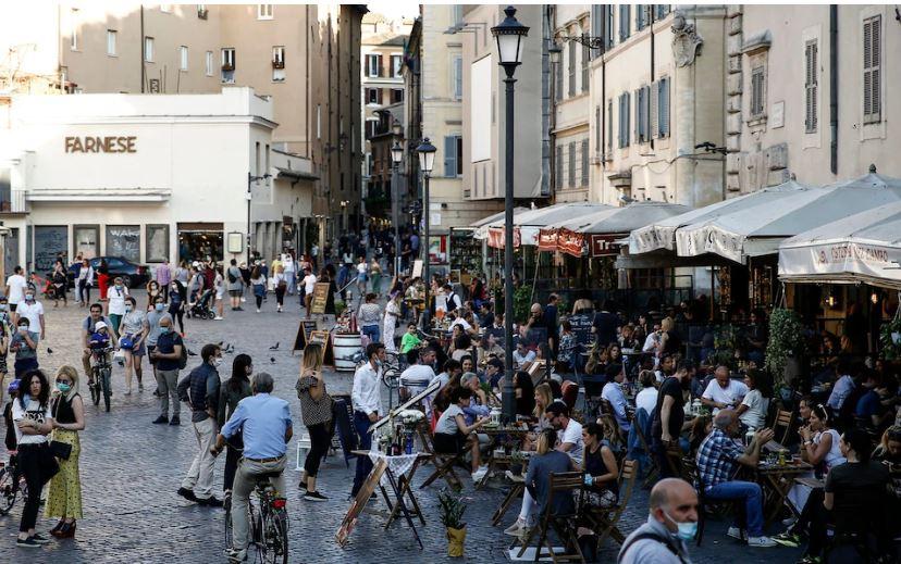 Italia do të rekrutojë 60,000 vullnetarë për të siguruar distancimin social